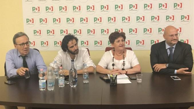 Viceministro Teresa Bellanova coi lavoratori Jp e Perugina