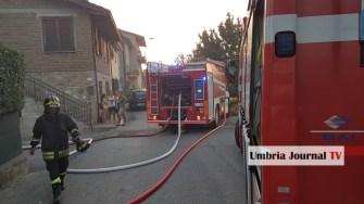 Esplosione e incendio a bastiola di bastia umbra (11)