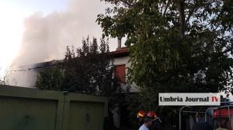 Esplosione e incendio a bastiola di bastia umbra (8)
