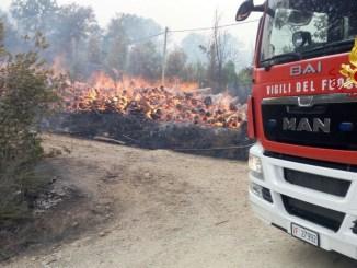 Incendi, fiamme minacciano case a Città della Pieve, persone evacuate [VIDEO]
