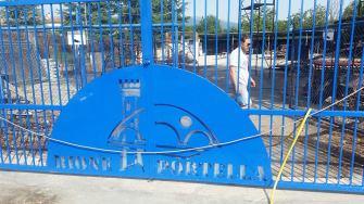 cancello-blu-rione-portella (4)