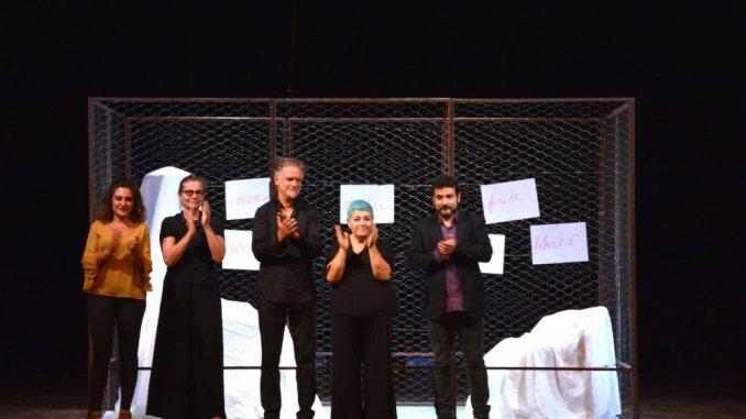 Insulti al pubblico al Todi Festival al Teatro Comunale, terzo debutto