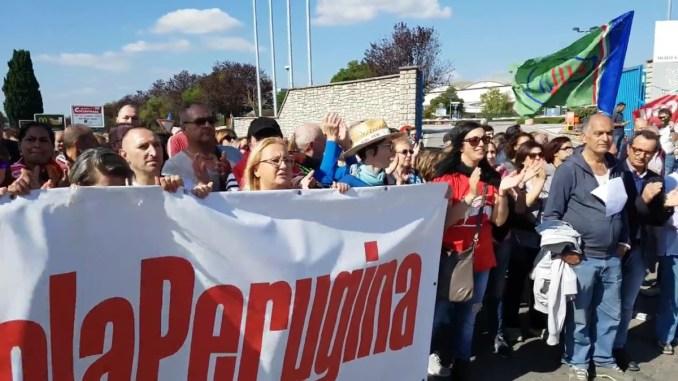 Vertenza Perugina, ma Nestlé parla di esuberi, preoccupati lavoratori