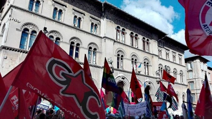 Giovani Comuniste e comunisti, vertenza Perugina, resta amaro in bocca