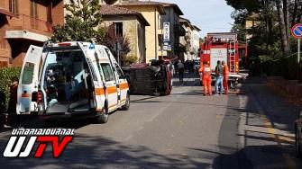 Perugia, incidente stradale a Colombella, auto contro camion