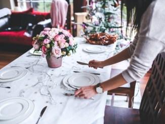 Natale, 3,3 ore ai fornelli, 86 per cento gli italiani a casa