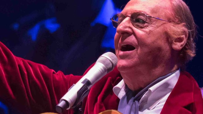 Concerto di fine anno a Perugia, due ernie del disco fermano Renzo Arbore