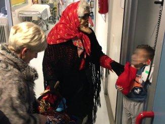 Befana atterra al Residence Chianelli a Perugia con un sacco pieno di dolci