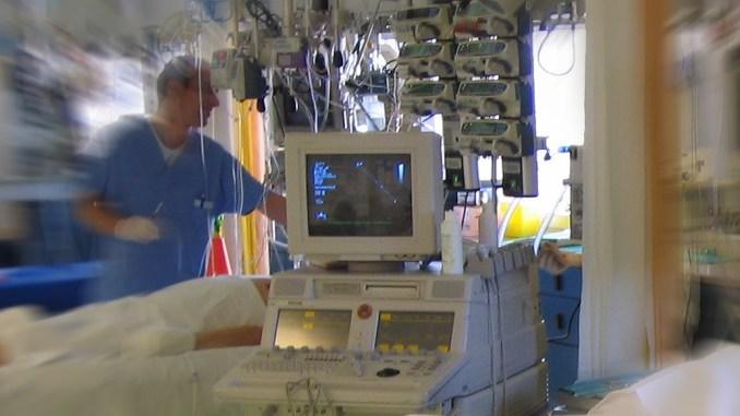 Arresto cardiaco per un diciottenne marchigiano, è in terapia intensiva