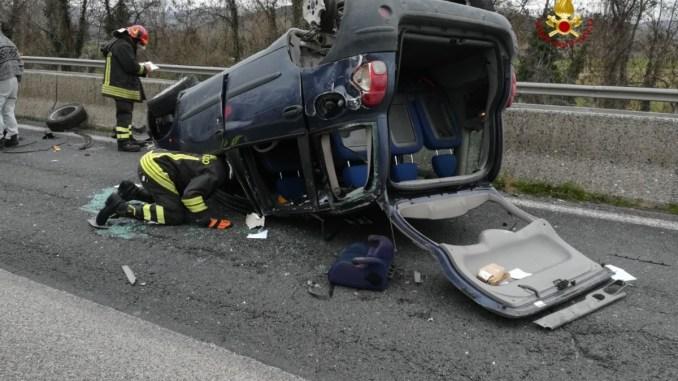 Resina, incidente stradale sulla E45, marito e moglie gravemente feriti