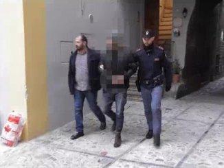 Polizia Perugia smantella sodalizio criminale, arrestati un albanese e due italiani VIDEO