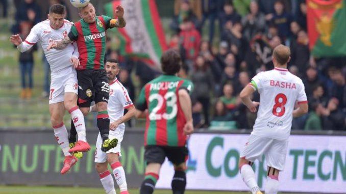 Ternana ancora altra sconfitta, perde in casa 1-2 per il Bari