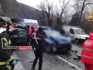Incidente stradale a Spoleto tra i feriti anche due agenti di Polizia, in ospedale anche una terza persona