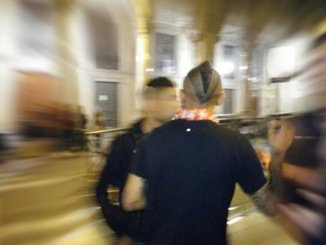 Notti violente cazzotti bottigliate testate e accoltellamenti, chiusa discoteca