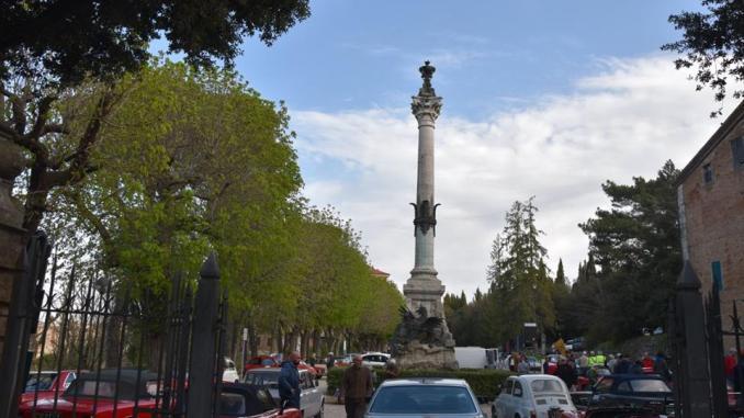 """Auto d'epoca """"Perugia storica"""", vince il Rione porta San Pietro"""