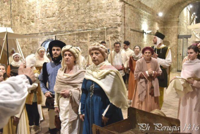 Scene di vita medioevale Porta Sant'Angelo Perugia 1416 (10)