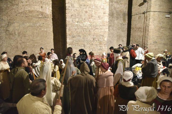 Scene di vita medioevale Porta Sant'Angelo Perugia 1416 (11)