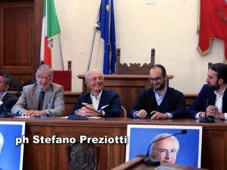 Franco Todini, sostenuto dal Centrodestra, presenta sua candidatura a Trevi