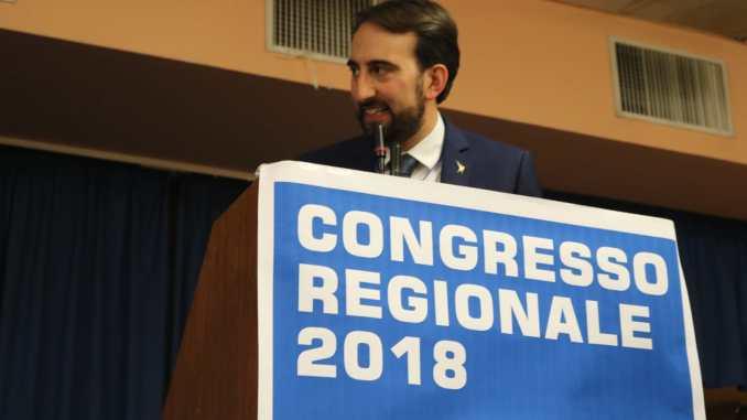 Sospesa assessore Lega che vota alle primarie del PD