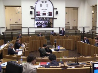 Dimissioni Marini, assemblea legislativa decide, segui la diretta streaming