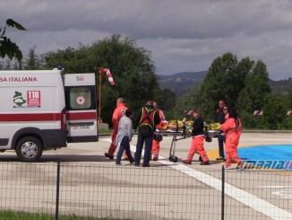 Incidente stradale a Norcia, scontro tra auto, due feriti, uno grave