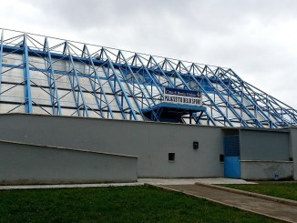 Parkour sul tetto del Palasport a Bastia Umbra, presi 5 ragazzini