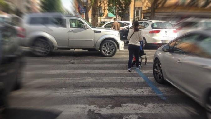 Romizi vuol riempire il Centro di Perugia di auto, M5d, di persone