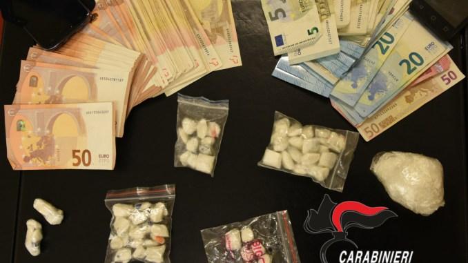Terni, carabinieri scovano ingrosso della droga, in manette una donna