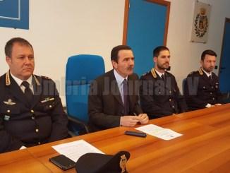 Associazione per delinquere smantellata dalla Polizia, 5 persone in manette