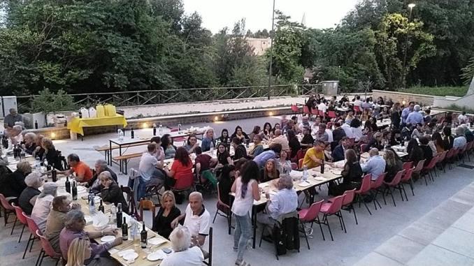 San Pietro, Rione, ogni cena in taverna un successo