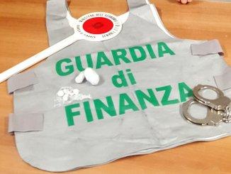 Finanza Perugia, arrestato per spaccio di droga, aveva eroina metadone