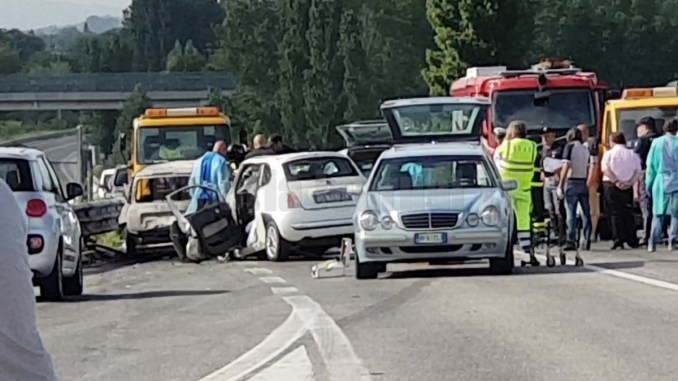 Incidente stradale sulla Flaminia, non si può morire per andare lavoro