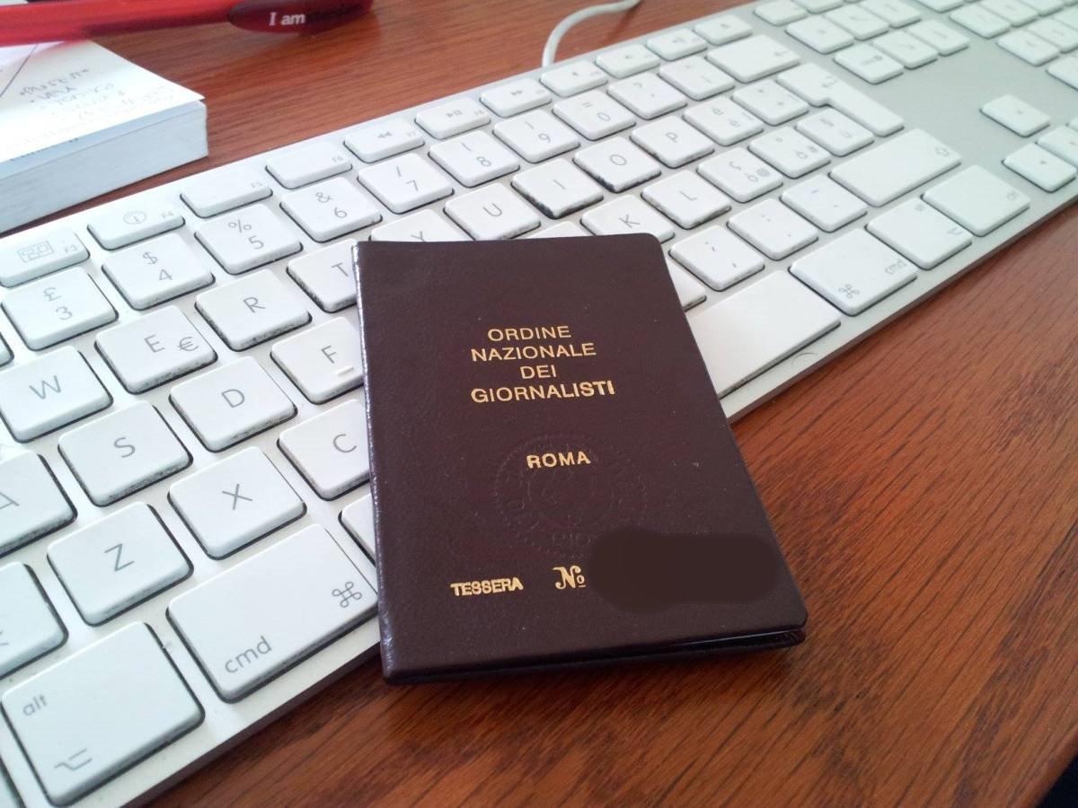 600 euro anche per i giornalisti, emergenza Coronavirus, la scheda da compilare