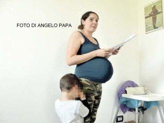 Vedova, incinta, due figli, senza casa, il comune, passi dopo le elezioni