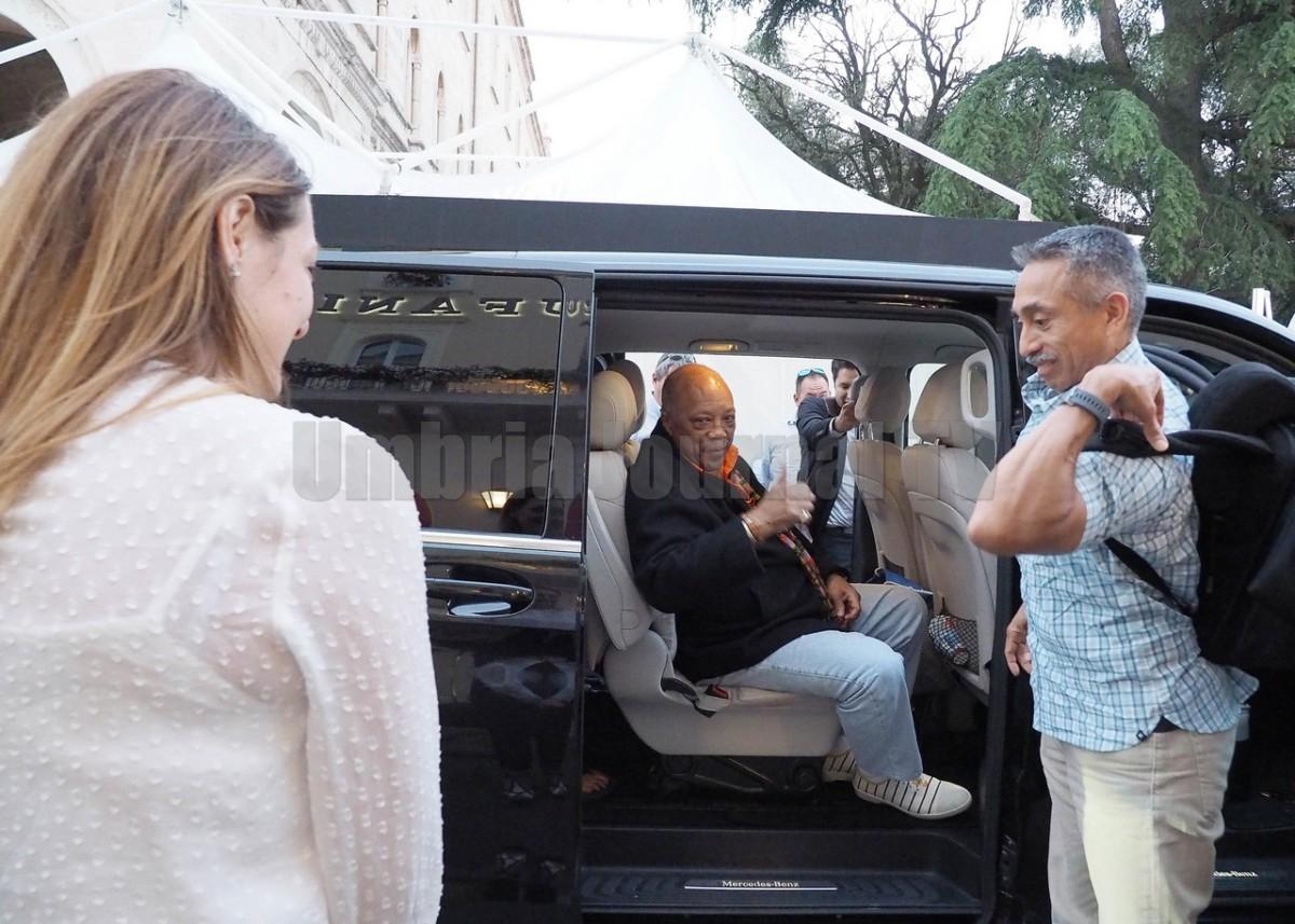 Quincy Jones suona Aeroporto di Fiumicino, una sorpresa inaspettata