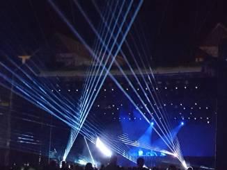 Grandi effetti scenici e musics a tutto volume per The Chainsmokers ad Umbria Jazz