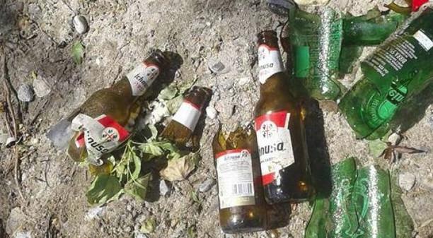 Tamburi, ok le campane per raccogliere vetro, ma chi si occupa delle bottiglie per strada?