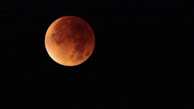 Eclissi di Luna il prossimo venerdì 27 di luglio 2018