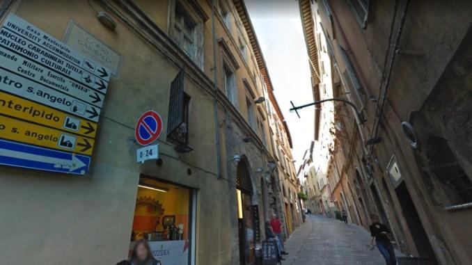 Lo chef che difende Corso Garibaldi dagli spacciatori è stato di nuovo aggredito