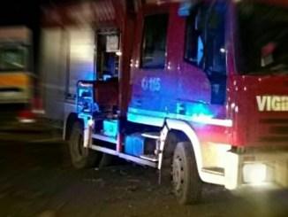 Auto contro un palo a Terni, muore un uomo di 50 anni