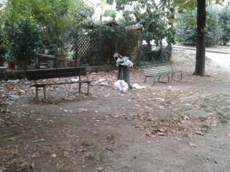 Parco Sant'Anna, sarà colpa della differenziata porta a porta? Oppure?