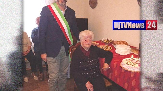 Sigillo, 100 candeline per nonna Gilda in Altochiascio
