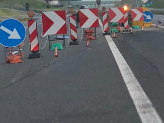 Chiuso al traffico in entrambe direzioni viadotto Montoro, serve intervento urgente