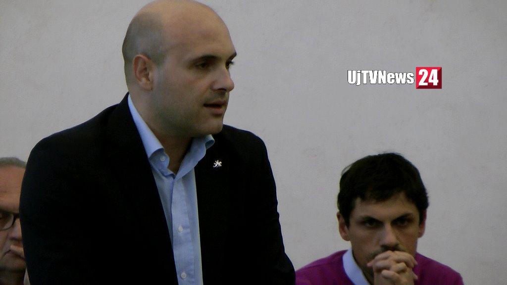 Emanuele Prisco lascia incarico di assessore, la sua dichiarazione durante il consiglio