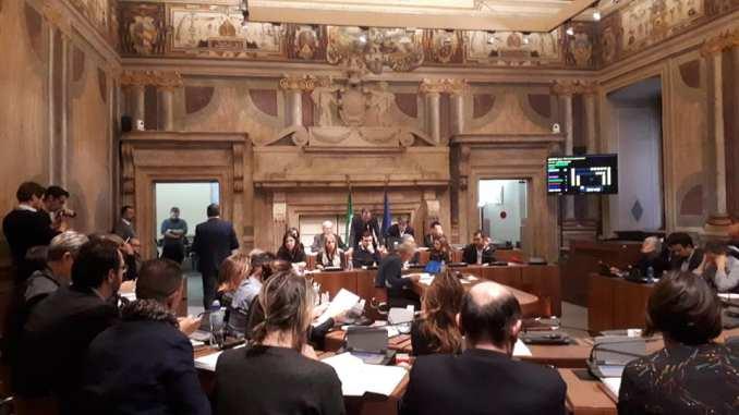 """Consiglio comunale Terni, """"Il presidente disattende il regolamento"""""""