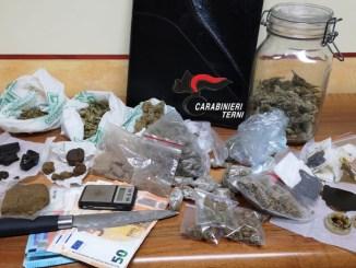 Bazar di droghe leggere, sequestrato a 22enne dai carabinieri di Narni Scalo