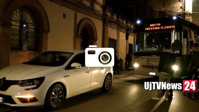 Autobus bloccato a Perugia in via XIV Settembre, è caos, ecco perché