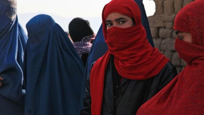 No al burqa nelle sedi istituzionali e negli ospedali