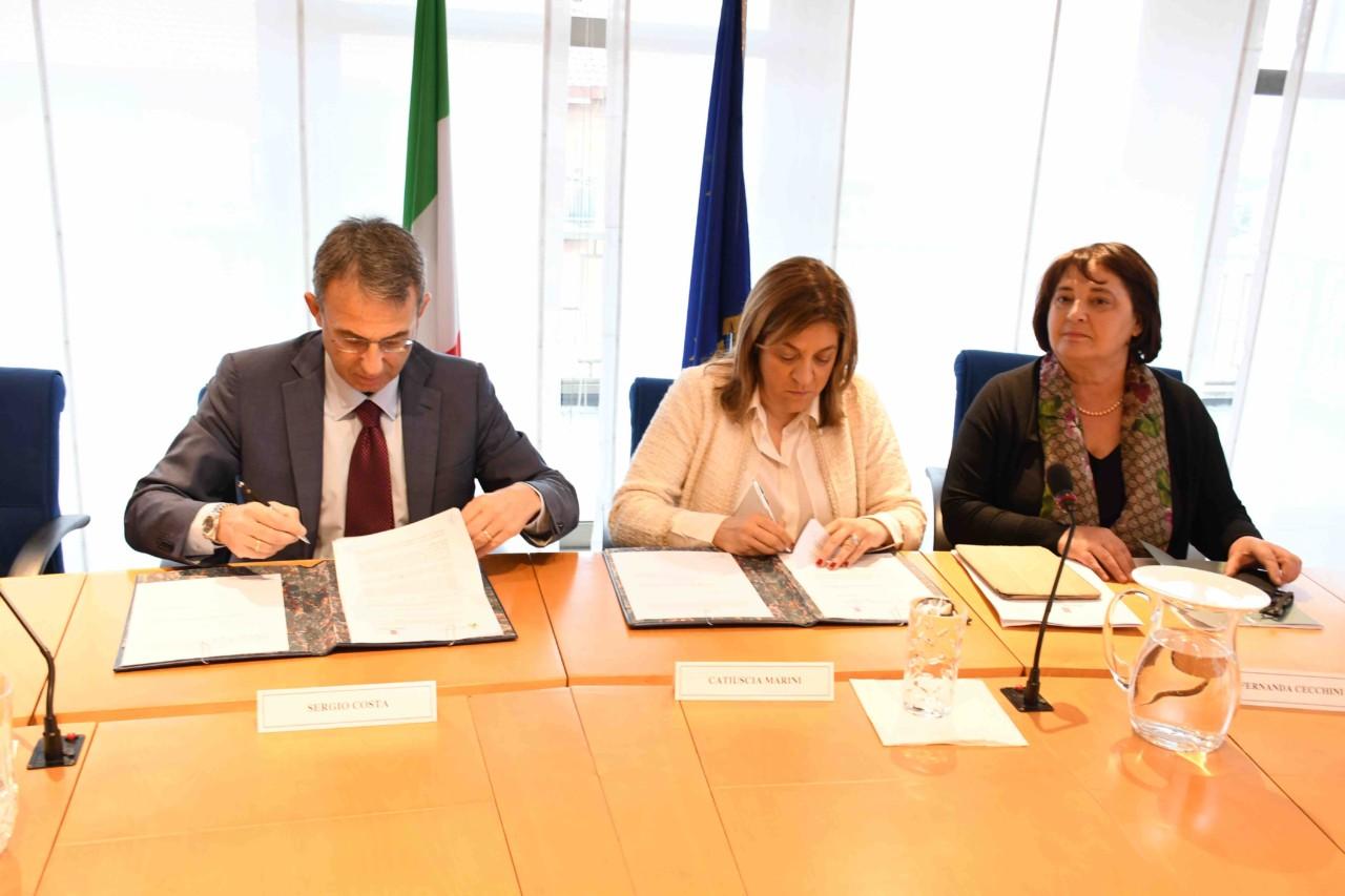 Riduzione inquinamento aria nella conca ternana, firmato accordo