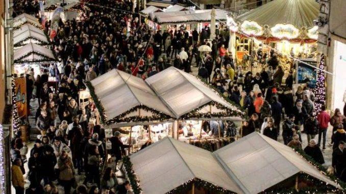 Centro storico di Perugia è l'ideale per lo shopping a Natale